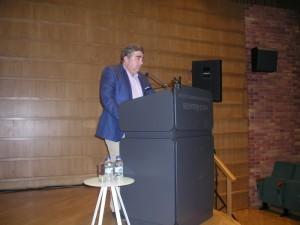 O Δρ. Π. Κακούρος, Δασολόγος του ΕΚΒΥ, υπεύθυνος του έργου.